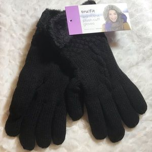 ✅25%off any 3 or more item. Warm black gloves